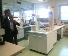 Ospedale di Bolzano: i nuovi laboratori puntano verso l'eccellenza. LE FOTO DELL'INAUGURAZIONE